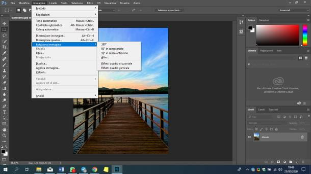 Come ruotare una foto su Photoshop
