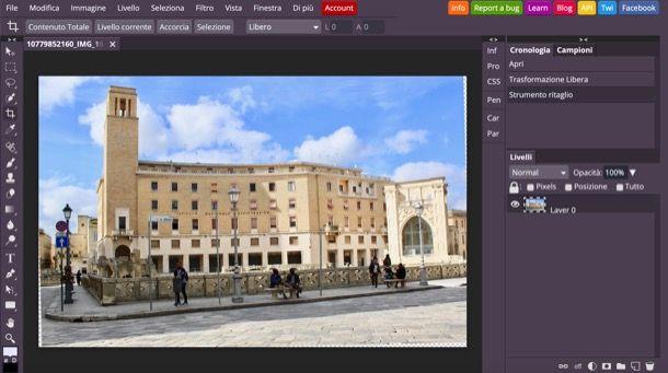Inclinare foto su Photoshop online