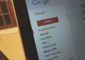 Come aggiungere account Gmail