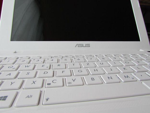 Foto di un notebook Asus