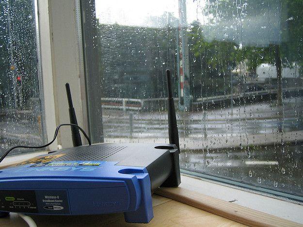 Foto che mostra un modem WiFi