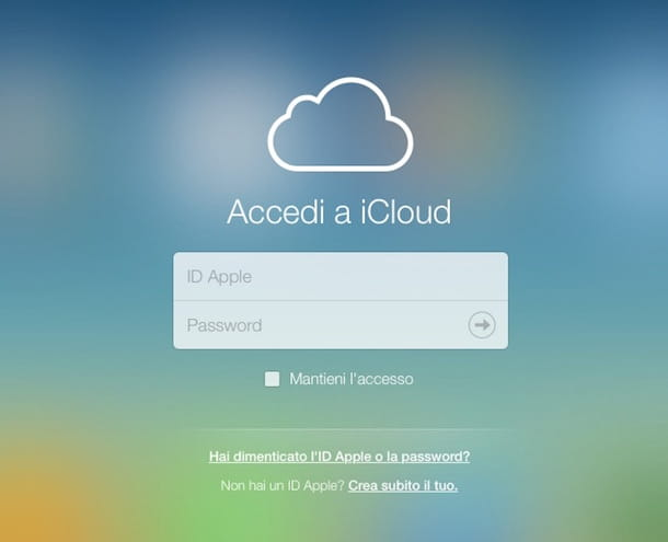 Screenshot che mostra la schermata di login al sito Internet di iCloud