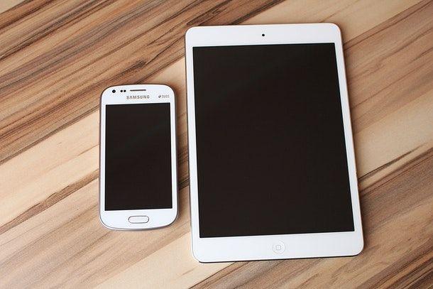 Come usare il cellulare come modem per tablet