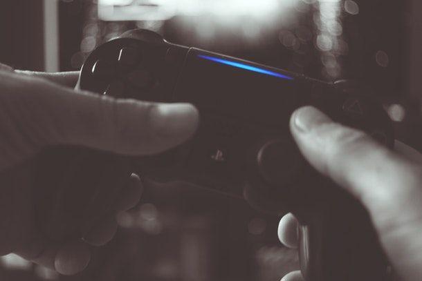 Come aprire porte PS4
