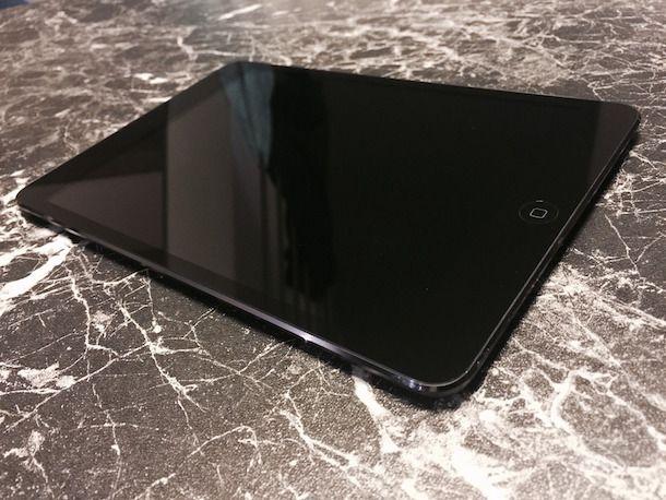 Foto della parte frontale dell'iPad