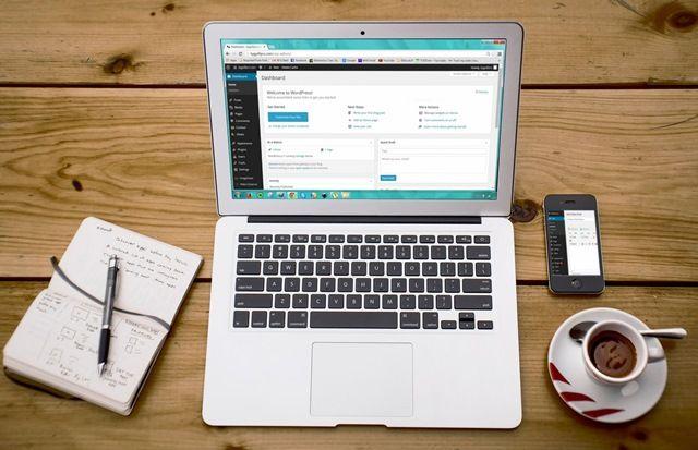 come lavorare online che è meglio investire in azioni o criptovaluta