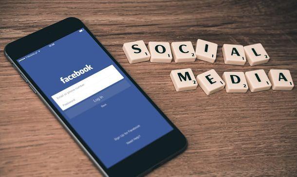Come spiare le conversazioni su Facebook