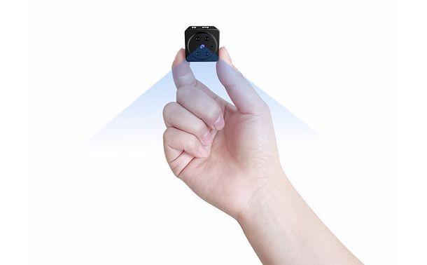 Come controllare le chiamate di un altro cellulare