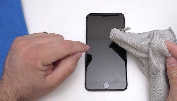 Come pulire iPhone