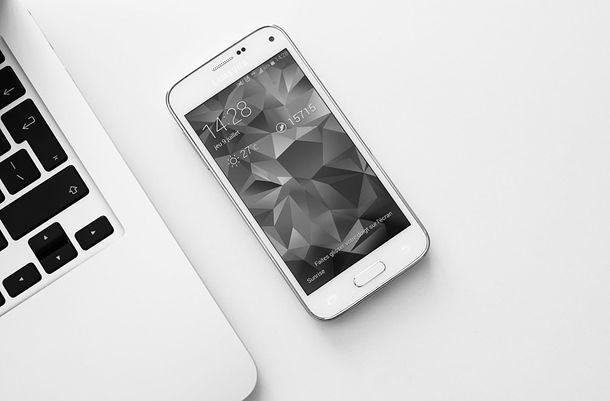Come aggiornare il telefono Android dal PC