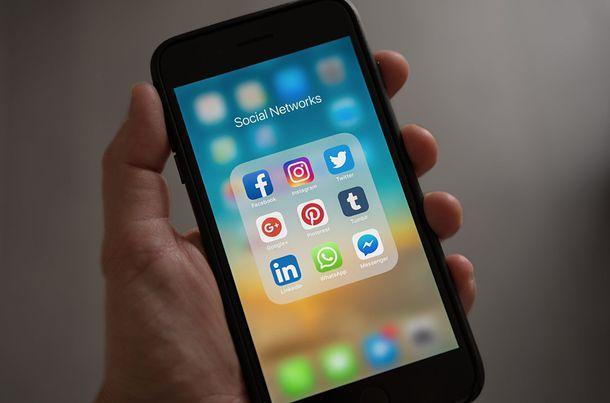 Come mettere l'icona di Facebook su iPhone