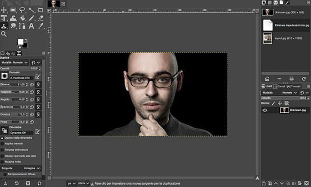 Come creare un poster con GIMP
