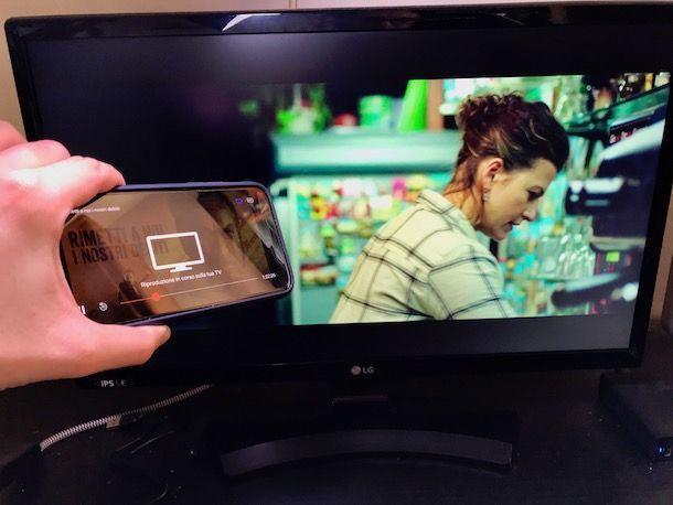 Come collegare iPhone alla TV senza cavi