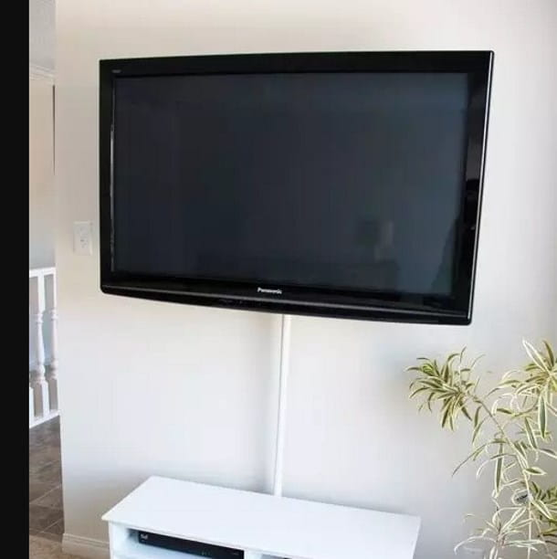 TV appesa