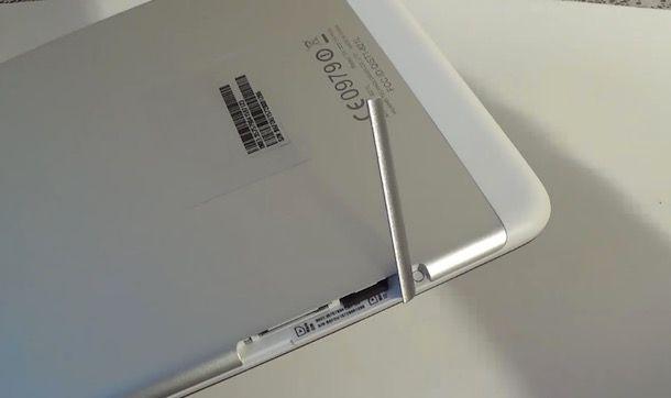 Come inserire la SIM nel tablet