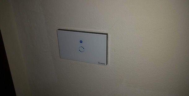 Schema Elettrico Per Accendere Una Lampada Con Due Interruttori : Accendere una lampada da più punti utilizzando un relè