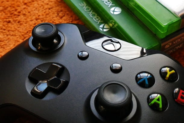 Come collegare controller Xbox One