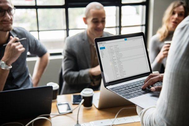 Come capire se un'email è un virus - controllare mittente