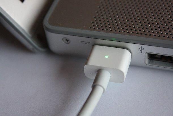 Adaptador de corriente para MacBook