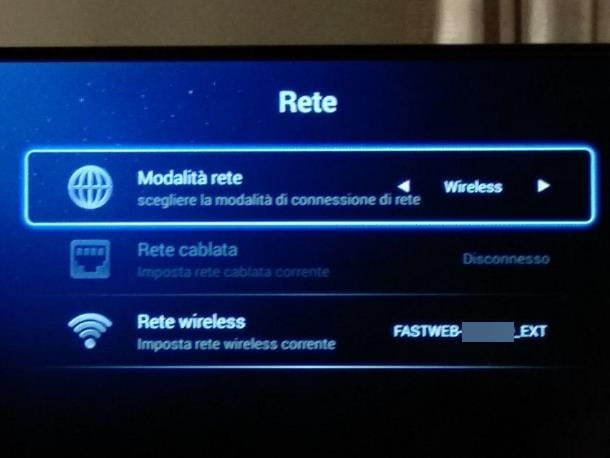 Come aggiornare Android su Smart TV Akai via Internet