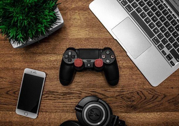 Informazioni utili prima di procedere al cambio di sfondo PS4