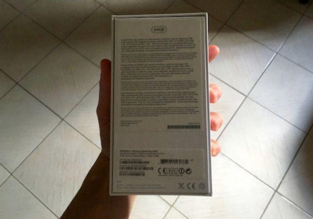 Confezione iPhone