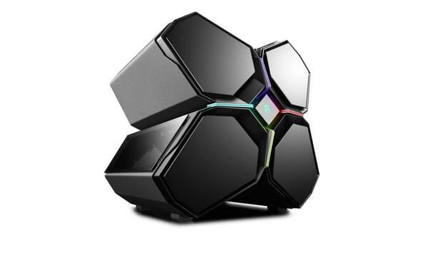 Design innovativo dal Deepcool Quadstellar