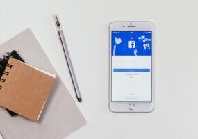 Come salvare le storie di Facebook degli altri
