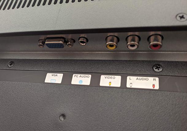 Il connettore RCA della TV