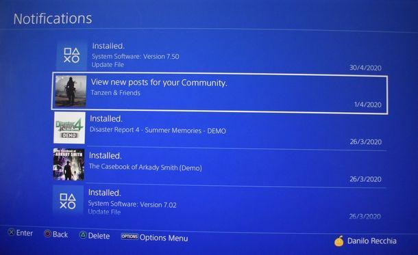 Gestione della coda di download su PS4
