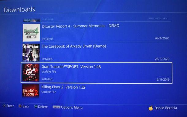 Mettere in pausa e riprendere il download su PS4
