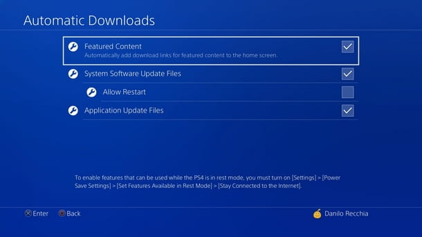 Attivare la funzione di download automatica degli aggiornamenti su PS4