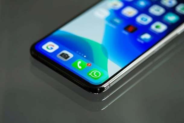 Usare WhatsApp su smartphone