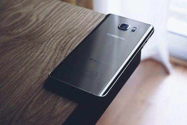 Come vedere versione Android Samsung