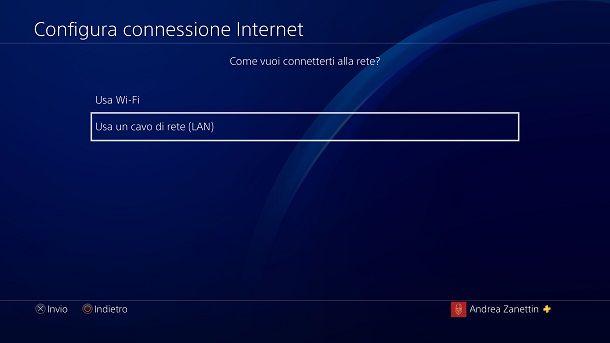 Usa cavo di rete LAN PS4