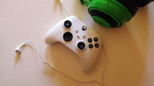Come collegare le cuffie normali alla Xbox One
