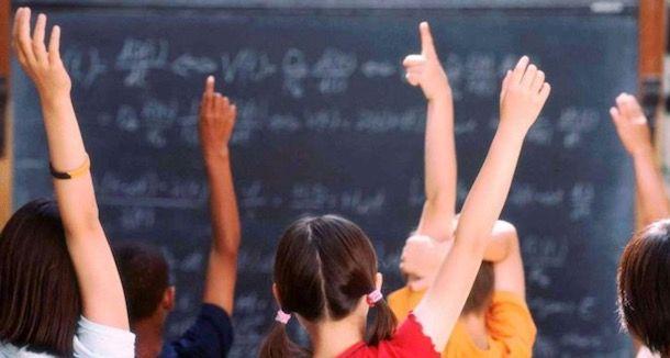 Foto di una classe durante l'appello