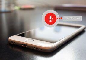Come attivare l'assistente vocale