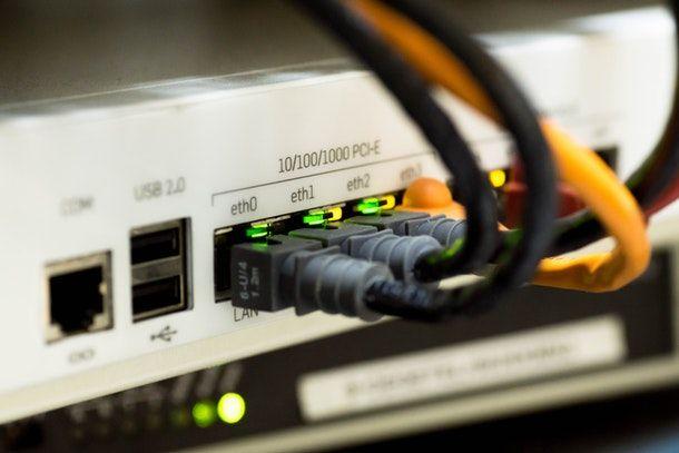Come collegare un router al modem: cascata