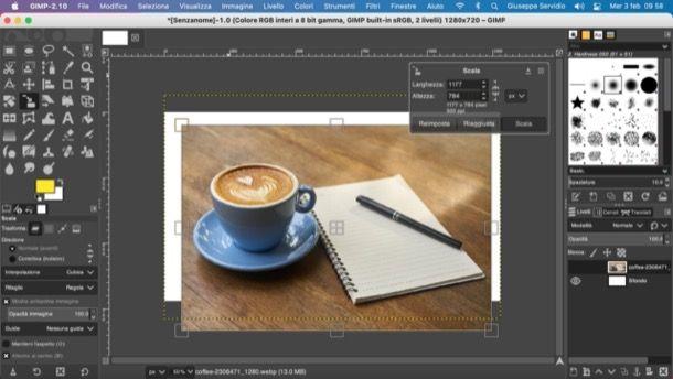 Ridimensionare e spostare immagine in GIMP