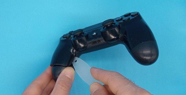 rimozione case controller PS4