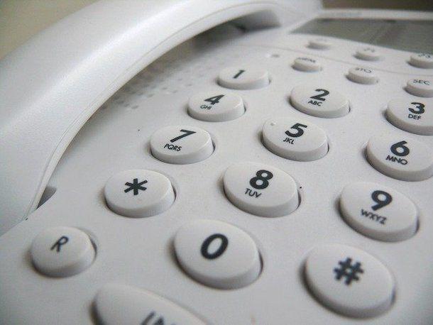 Come bloccare un numero sul telefono fisso: Vodafone
