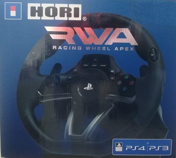 Procedura di collegamento del volante Hori alla PlayStation 4