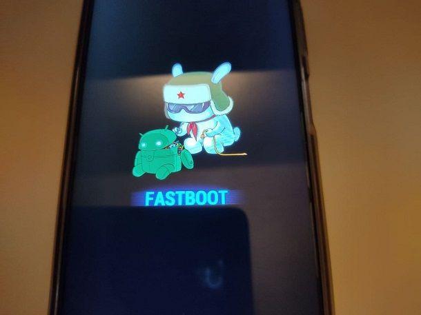 Come spegnere un telefono bloccato: Android