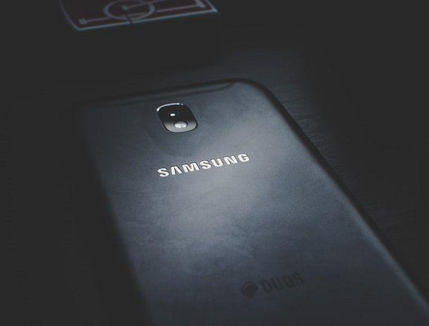Come spegnere Samsung senza touch