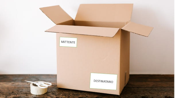 mittente e destinatario pacco