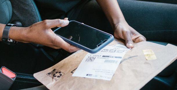 creare una spedizione UPS da mobile