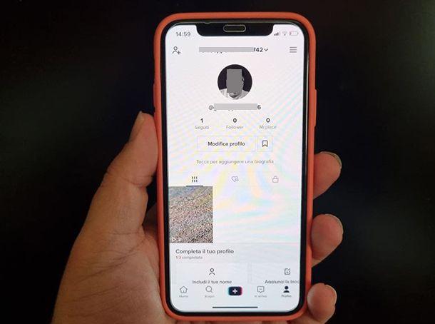 Salvare video TikTok senza logo su iPhone