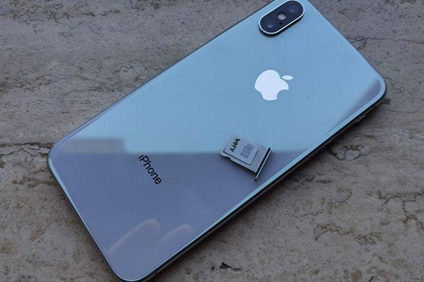 Come inserire la SIM nell'iPhone