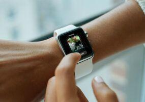 Come cambiare sfondo Apple Watch
